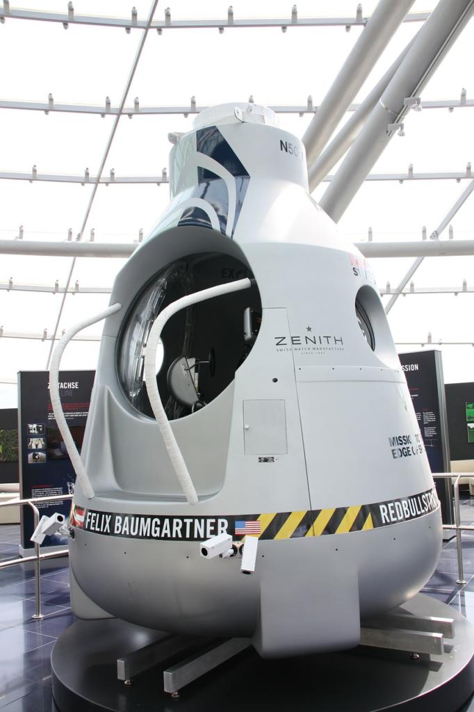 Felix Baumgartner, space, jump, decision making