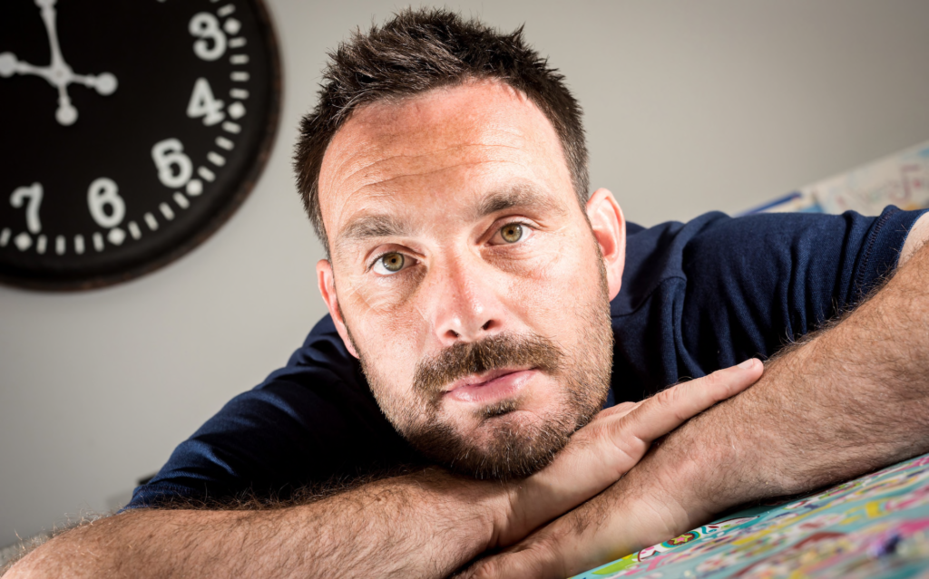 Athlete's mental heath, stress, promoting wellbeing, mental health support, feelings, psychologist, counsellor, athlete, competition, pressure, Cricket, Mike Yardy